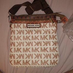 Michael Kors Brown Burgundy satchel!!! Never used!
